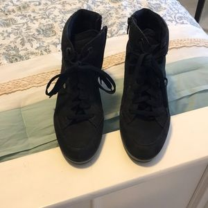1aa66acdb1 Geox Shoes | Illusion 25 Suede Navy Wedge Sneaker | Poshmark